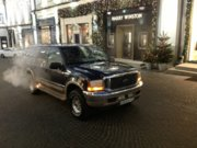 Ford Excursion 6.8L Triton V10.jpg