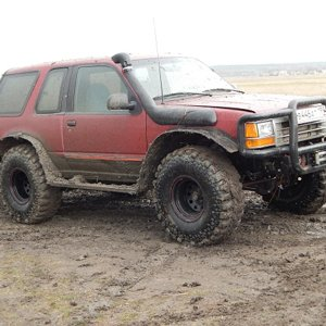 Ford Explorer U1 Off Road